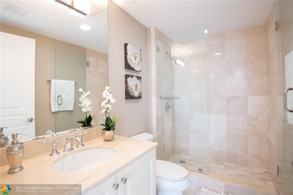 Europa By The Sea for Sale - 1460 S Ocean Blvd, Unit 403, Lauderdale-By-The-Sea 33062, photo 21 of 38