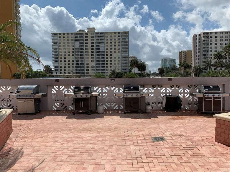 Parliament House for Sale - 405 N Ocean Blvd, Unit 1708, Pompano Beach 33062, photo 7 of 16