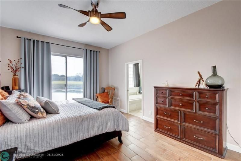 Holiday Spgs Village Sec for Sale - 3350 Greenview Terr EAST,, Margate 33063, photo 30 of 57