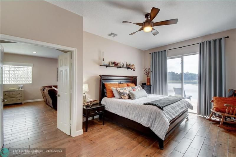 Holiday Spgs Village Sec for Sale - 3350 Greenview Terr EAST,, Margate 33063, photo 31 of 57