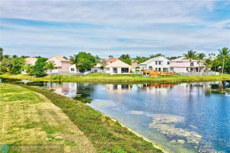 Holiday Spgs Village Sec for Sale - 3350 Greenview Terr EAST,, Margate 33063, photo 55 of 57