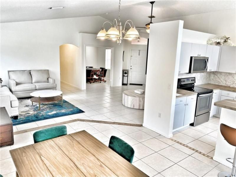 Wiles/butler One 160-18 B for Sale - 5414 NW 50th Ct, Coconut Creek 33073, photo 10 of 38