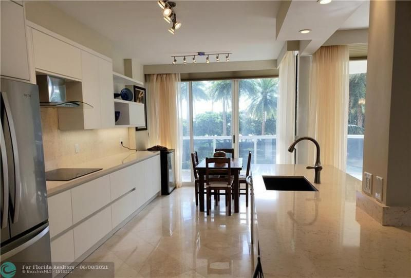 L'Hermitage for Sale - 3200 N Ocean Blvd, Unit C-408, Fort Lauderdale 33308, photo 4 of 15