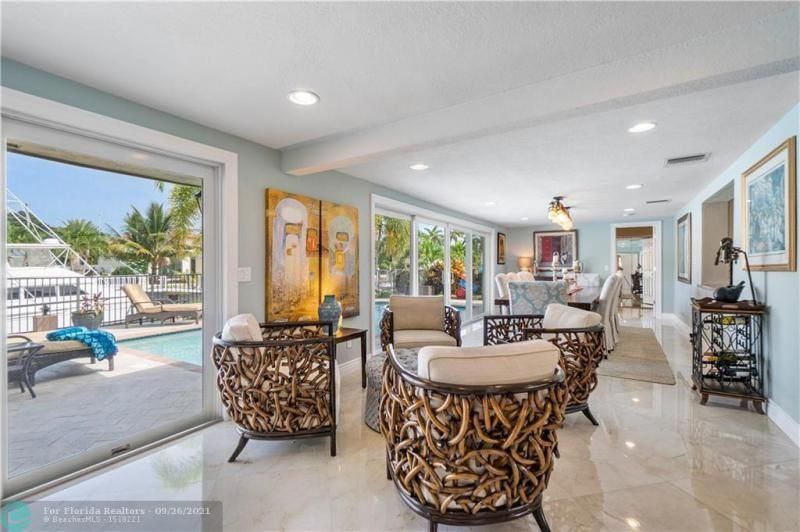 Venetian Isles for Sale - 4230 NE 24th Ave, Lighthouse Point 33064, photo 16 of 44