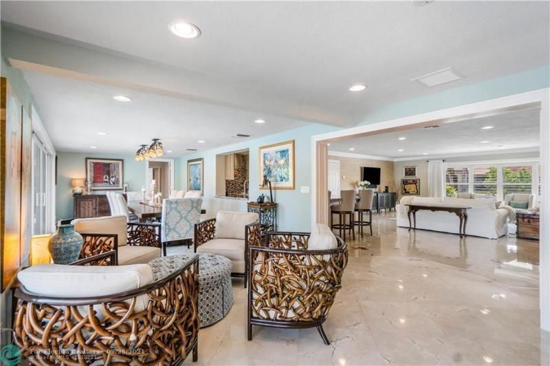 Venetian Isles for Sale - 4230 NE 24th Ave, Lighthouse Point 33064, photo 17 of 44