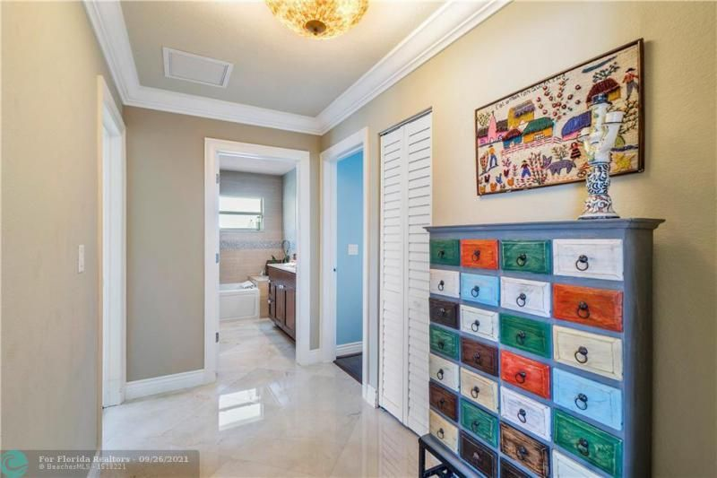 Venetian Isles for Sale - 4230 NE 24th Ave, Lighthouse Point 33064, photo 18 of 44
