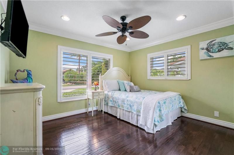 Venetian Isles for Sale - 4230 NE 24th Ave, Lighthouse Point 33064, photo 19 of 44