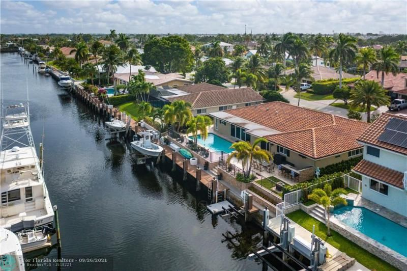Venetian Isles for Sale - 4230 NE 24th Ave, Lighthouse Point 33064, photo 42 of 44