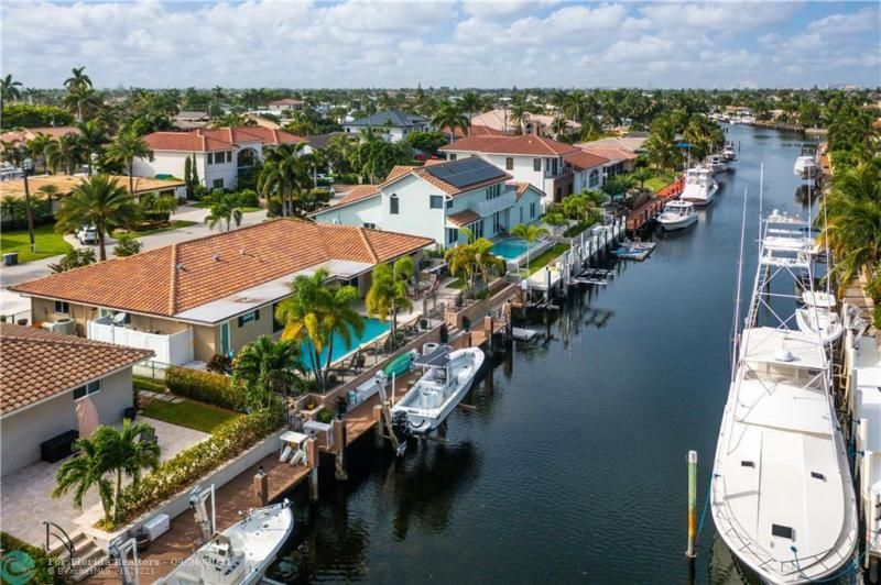 Venetian Isles for Sale - 4230 NE 24th Ave, Lighthouse Point 33064, photo 43 of 44