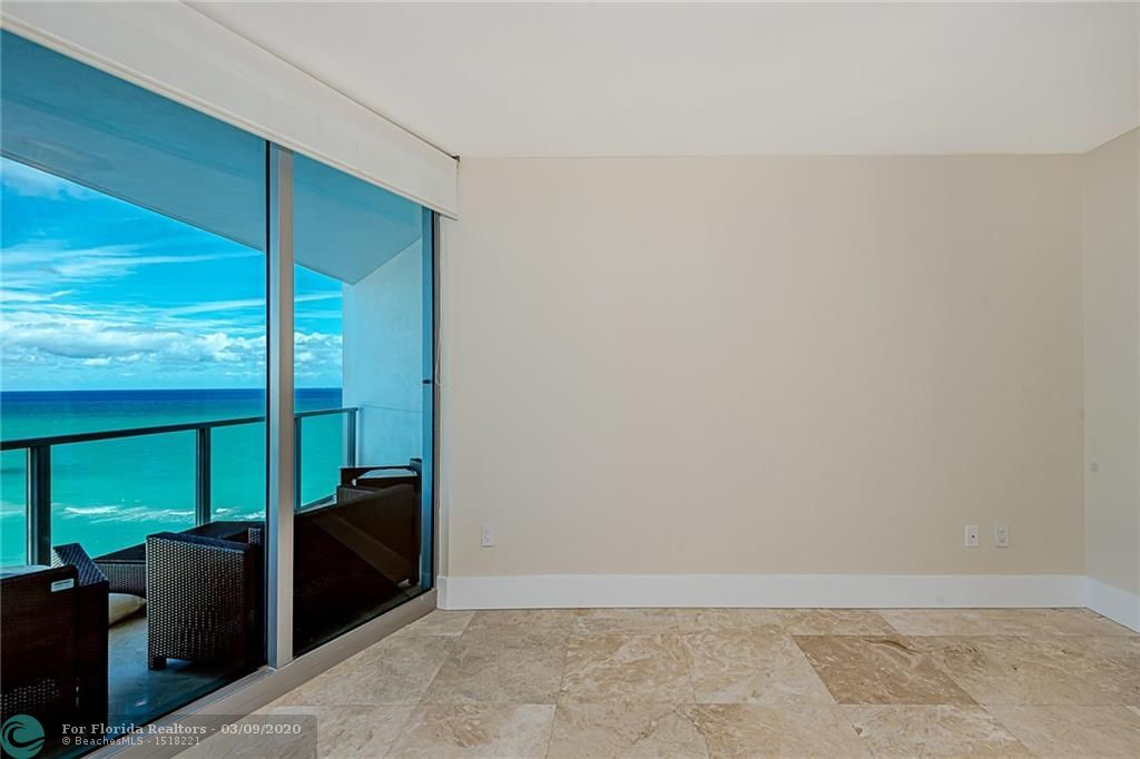 Ocean Palms for Sale - 3101 S Ocean Dr, Unit 1605, Hollywood 33019, photo 14 of 28