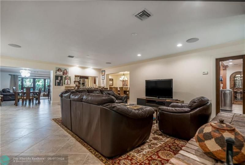 Venetian Isles for Sale - 2731 NE 40th Ct, Lighthouse Point 33064, photo 14 of 50
