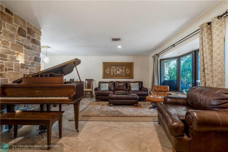 Venetian Isles for Sale - 2731 NE 40th Ct, Lighthouse Point 33064, photo 6 of 50