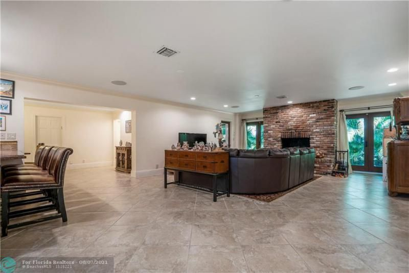 Venetian Isles for Sale - 2731 NE 40th Ct, Lighthouse Point 33064, photo 7 of 50