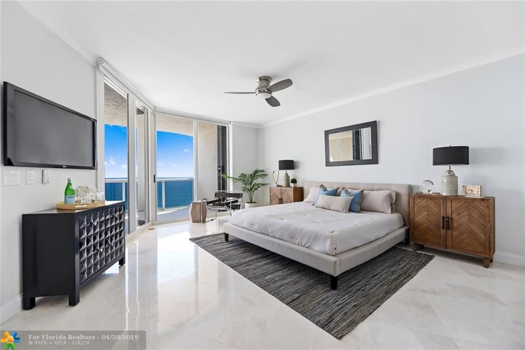 L'Hermitage for Sale - 3200 N Ocean Blvd, Unit 2403, Fort Lauderdale 33308, photo 8 of 45