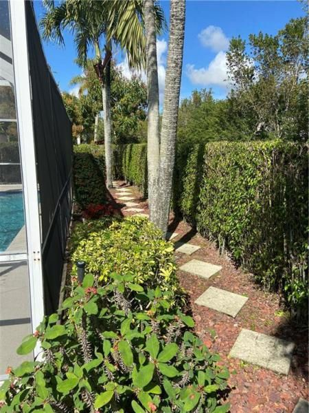 Winston Park Sec One 131- for Sale - 5340 NW 49th Ave, Coconut Creek 33073, photo 20 of 27