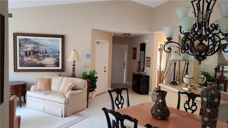 Winston Park Sec One 131- for Sale - 5340 NW 49th Ave, Coconut Creek 33073, photo 5 of 27