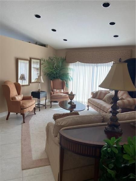 Winston Park Sec One 131- for Sale - 5340 NW 49th Ave, Coconut Creek 33073, photo 7 of 27