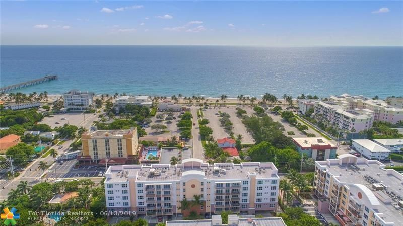 1 Ocean Boulevard for Sale - 101 SE 20th Ave, Unit 203, Deerfield Beach 33441, photo 1 of 31