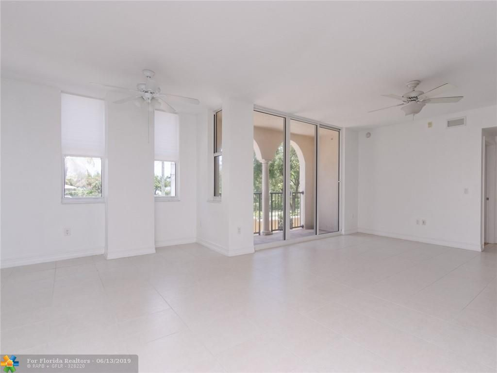 1 Ocean Boulevard for Sale - 101 SE 20th Ave, Unit 203, Deerfield Beach 33441, photo 23 of 31