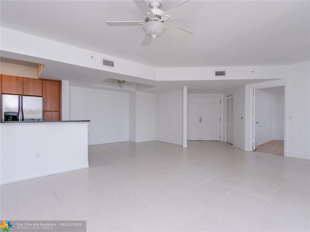 1 Ocean Boulevard for Sale - 101 SE 20th Ave, Unit 203, Deerfield Beach 33441, photo 24 of 31