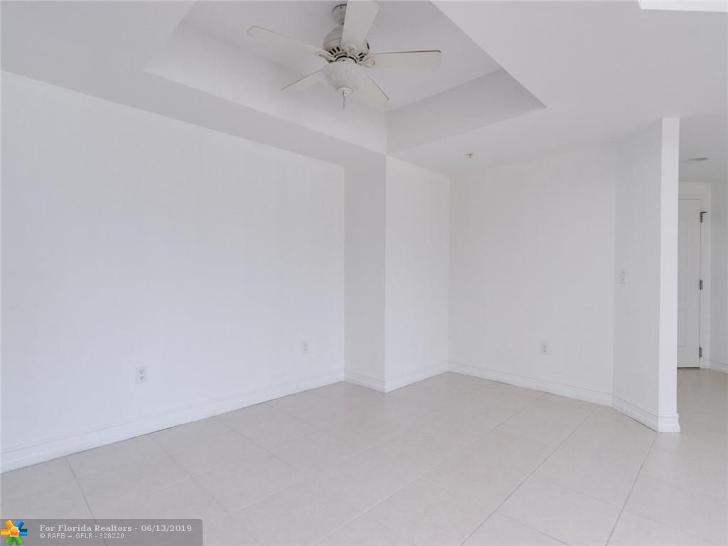 1 Ocean Boulevard for Sale - 101 SE 20th Ave, Unit 203, Deerfield Beach 33441, photo 30 of 31