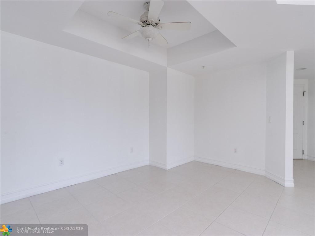 1 Ocean Boulevard for Sale - 101 SE 20th Ave, Unit 203, Deerfield Beach 33441, photo 30 of 52