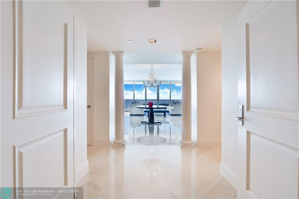 Ocean Palms for Sale - 3101 S Ocean Dr, Unit 2108, Hollywood 33019, photo 2 of 30