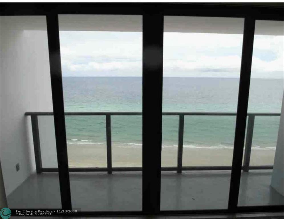 Quadomain Catania for Sale - 2301 S Ocean Dr, Unit 1102, Hollywood 33019, photo 3 of 18
