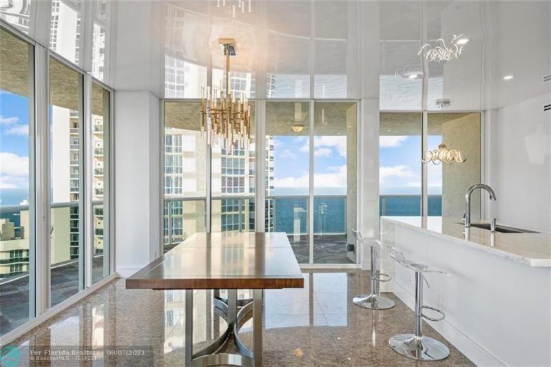 L'Hermitage for Sale - 3100 N Ocean Blvd, Unit 2401, Fort Lauderdale 33308, photo 13 of 68