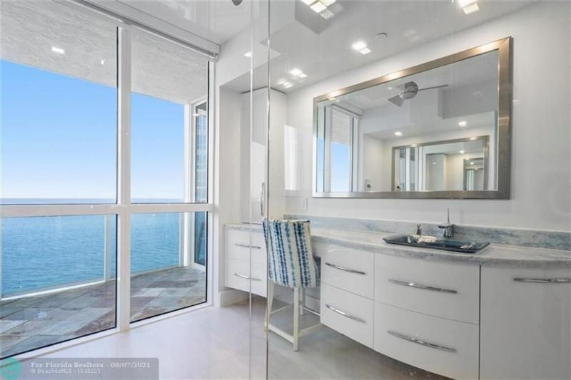 L'Hermitage for Sale - 3100 N Ocean Blvd, Unit 2401, Fort Lauderdale 33308, photo 29 of 68