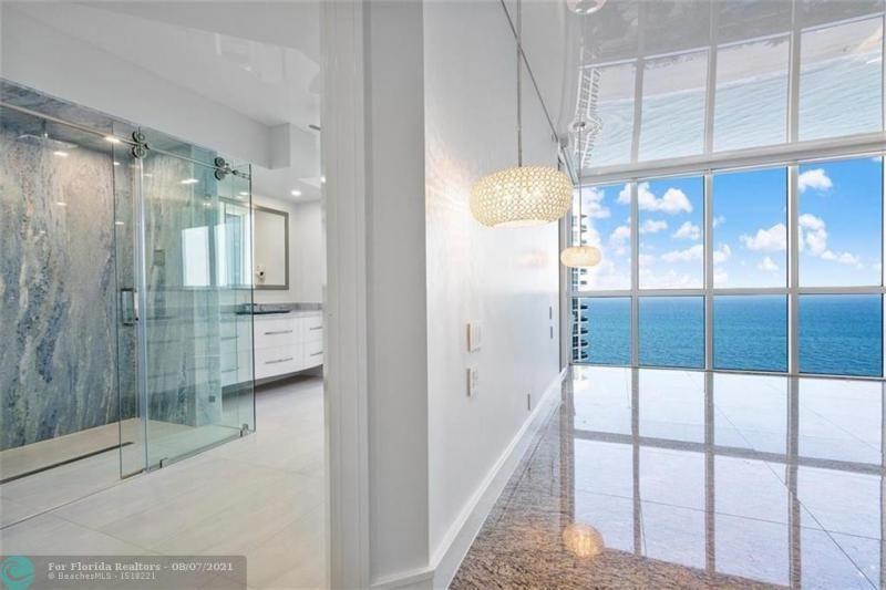 L'Hermitage for Sale - 3100 N Ocean Blvd, Unit 2401, Fort Lauderdale 33308, photo 32 of 68