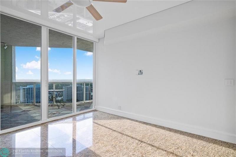 L'Hermitage for Sale - 3100 N Ocean Blvd, Unit 2401, Fort Lauderdale 33308, photo 36 of 68