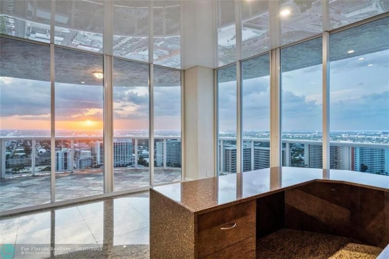 L'Hermitage for Sale - 3100 N Ocean Blvd, Unit 2401, Fort Lauderdale 33308, photo 47 of 68