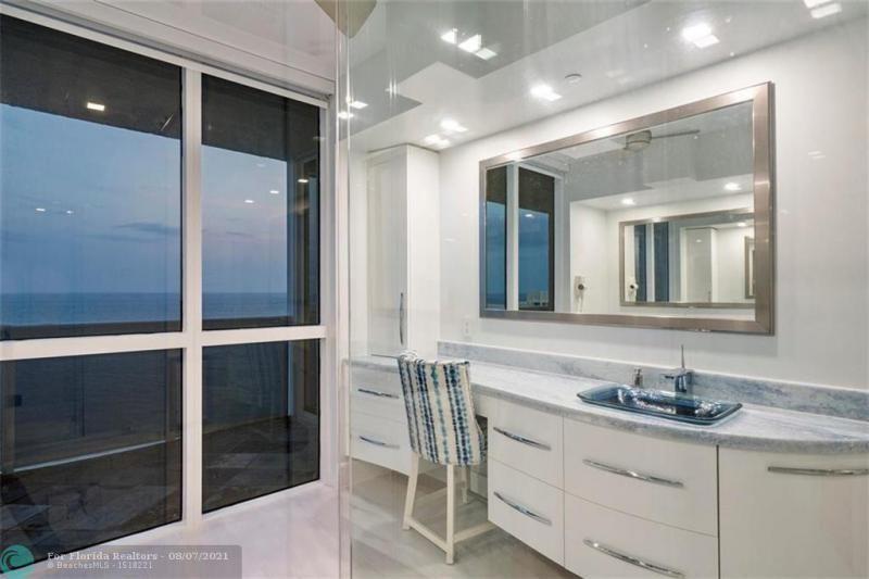 L'Hermitage for Sale - 3100 N Ocean Blvd, Unit 2401, Fort Lauderdale 33308, photo 55 of 68