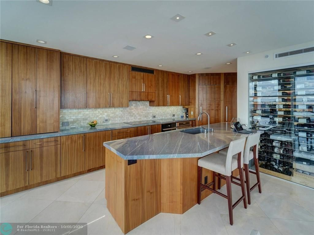 Renaissance On The Ocean for Sale - 6001 N Ocean Drive, Unit 505, Hollywood 33019, photo 5 of 43