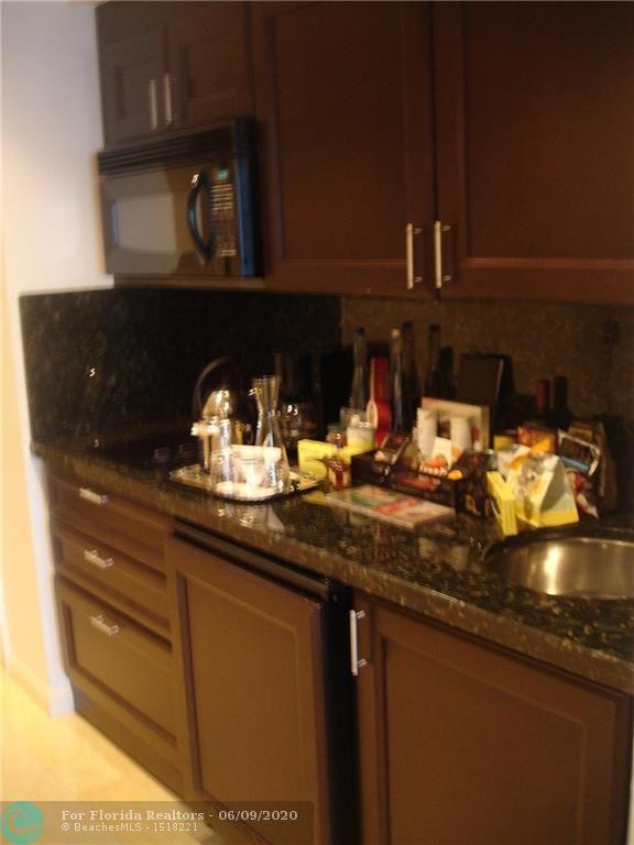 Atlantic Hotel Condominium for Sale - 601 N Fort Lauderdale Beach Blvd, Unit 703, Fort Lauderdale 33304, photo 3 of 13