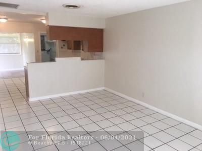 North Margate 1st Add for Sale - 2581 NW 64th Ter, Margate 33063, photo 8 of 11