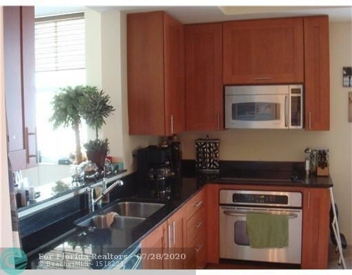 Aventura Marina for Sale - 3340 NE 190th St, Unit 1509, Aventura 33180, photo 11 of 13