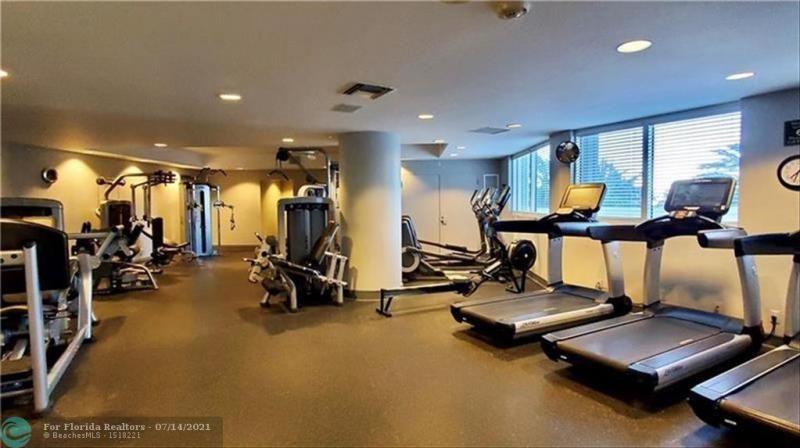L'Hermitage for Sale - 3100 N Ocean Blvd, Unit 405, Fort Lauderdale 33308, photo 38 of 42
