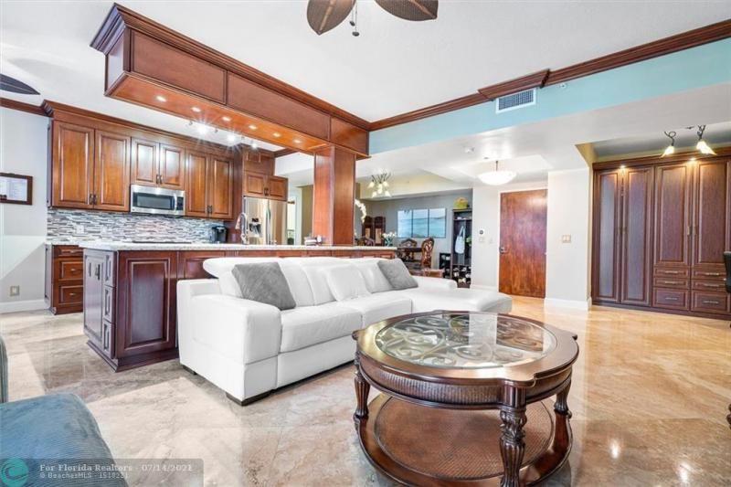 L'Hermitage for Sale - 3100 N Ocean Blvd, Unit 405, Fort Lauderdale 33308, photo 4 of 42