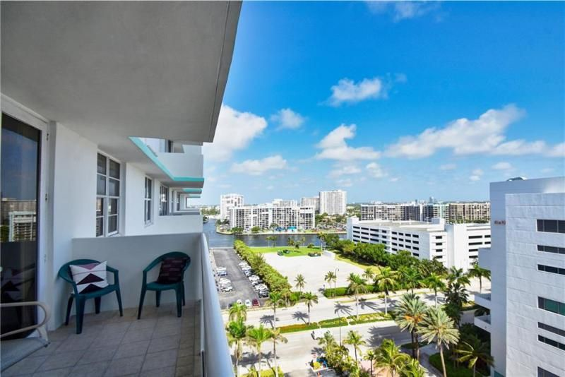 Sea Air Towers for Sale - 3725 S Ocean Dr, Unit 1421, Hollywood 33019, photo 14 of 47