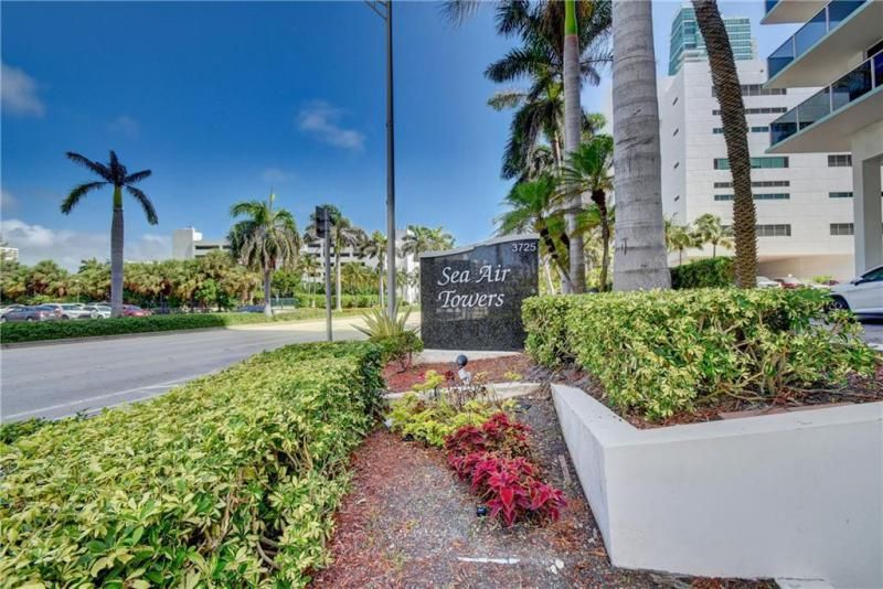Sea Air Towers for Sale - 3725 S Ocean Dr, Unit 1421, Hollywood 33019, photo 29 of 47