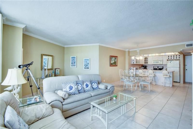 Sea Air Towers for Sale - 3725 S Ocean Dr, Unit 1421, Hollywood 33019, photo 5 of 47