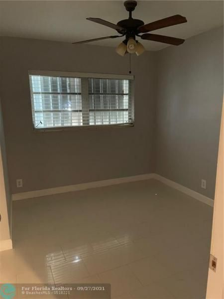 Westgate Heights 37-32 B for Sale - 3101 NW 5th St, Lauderhill 33311, photo 13 of 23