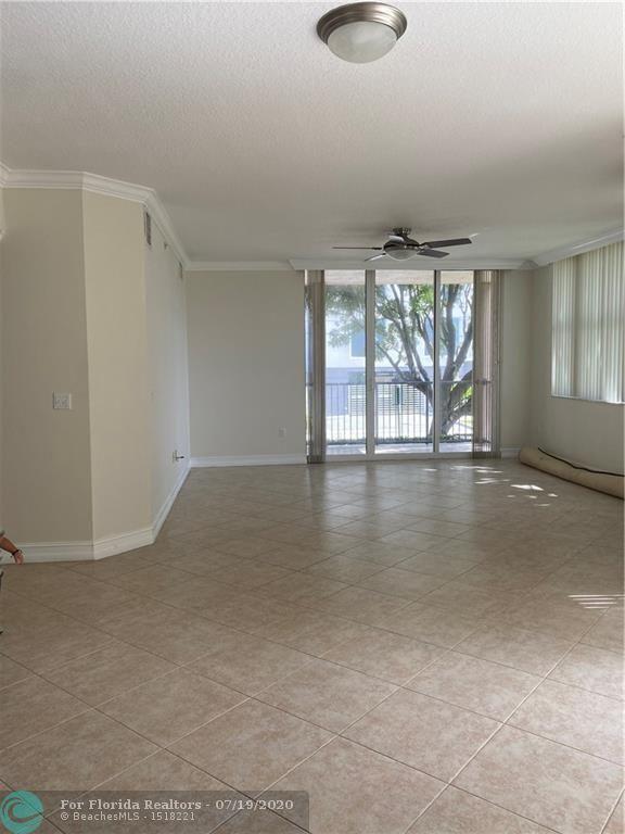 1 Ocean Boulevard for Sale - 191 SE 20th Ave, Unit 217, Deerfield Beach 33441, photo 8 of 40