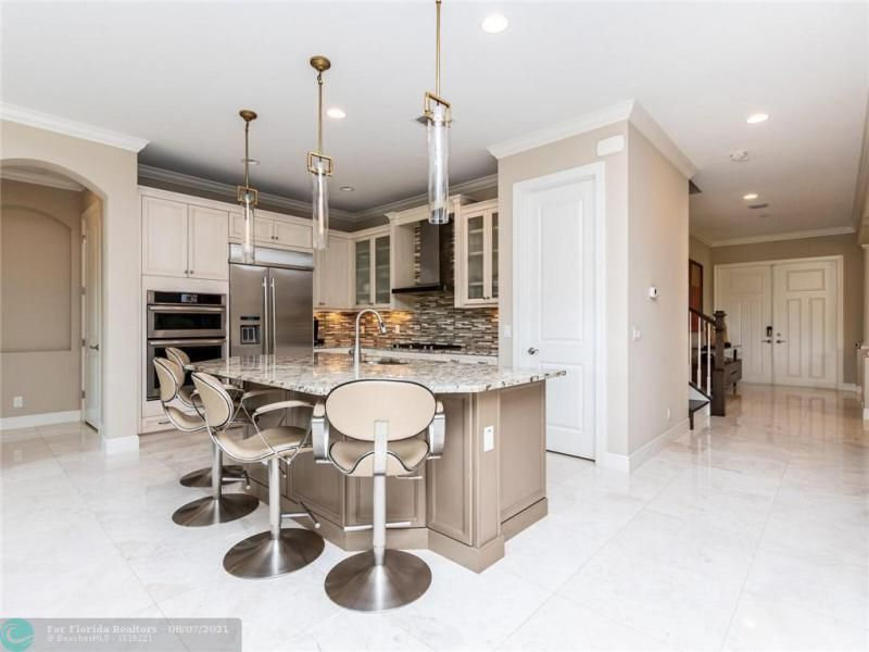 Heron Bay for Sale - 8205 NW 117th Ln, Parkland 33076, photo 16 of 84
