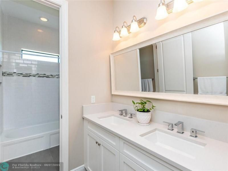 Heron Bay for Sale - 8205 NW 117th Ln, Parkland 33076, photo 51 of 84