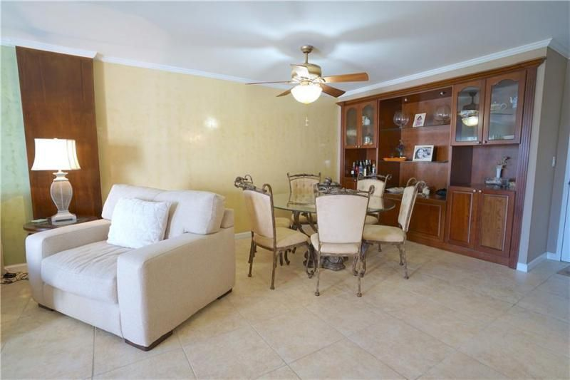 Parliament House for Sale - 405 N Ocean Blvd, Unit 316, Pompano Beach 33062, photo 8 of 26