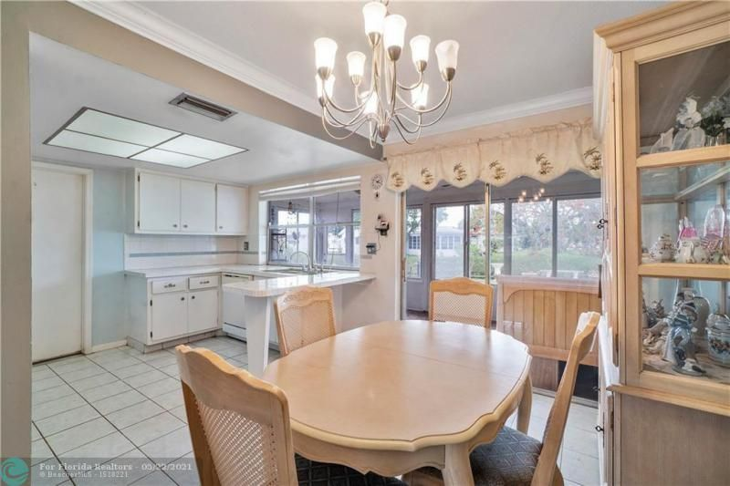 Paradise Gardens Sec 2 for Sale - 6755 NW 15th St, Margate 33063, photo 13 of 27