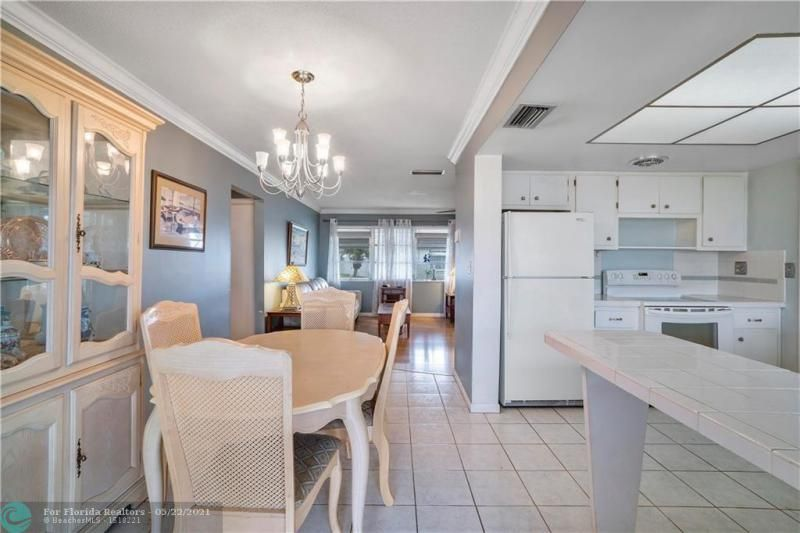 Paradise Gardens Sec 2 for Sale - 6755 NW 15th St, Margate 33063, photo 14 of 27